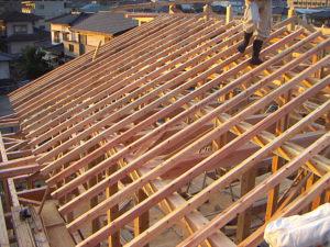 屋根骨組み