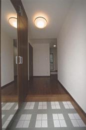 専用住宅玄関ホール