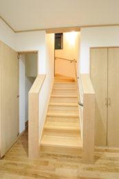 階段・階段下収納